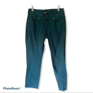 Levis 529 Curvy Straight Jeans 28x32 Teal Green